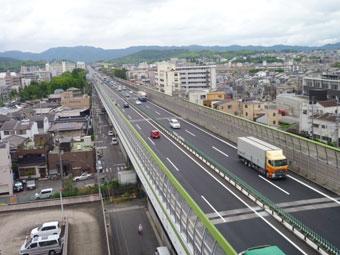 名神 竹田高架橋 (施工:平成23年6月)